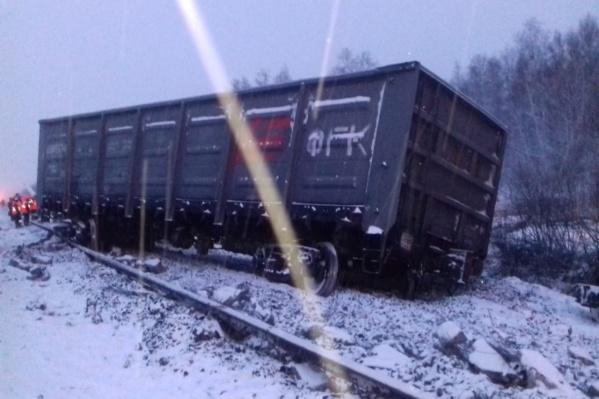 Пострадали более 30 вагонов