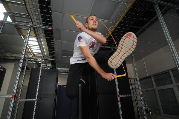 Максим Костандов и его дочь Оля прославились на всю страну после того, как стали показывать свои трюки на скакалках