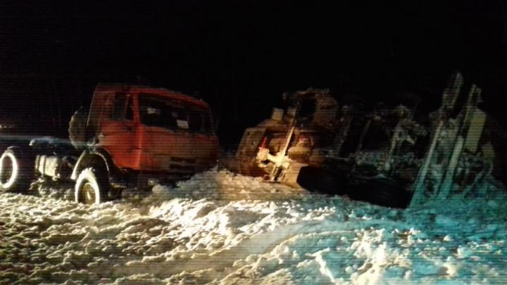 Опрокинулся бензовоз: последствия аварии в Башкирии сняли на видео
