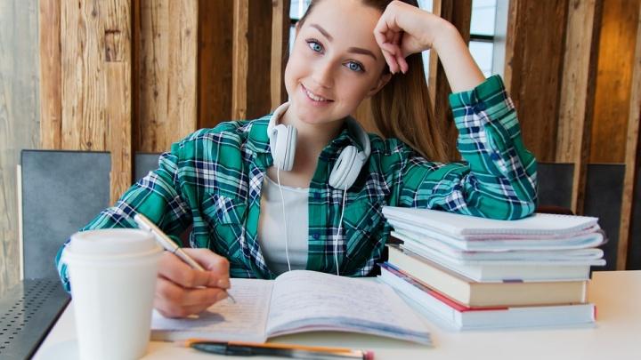 Юным ростовчанам расскажут, как исполнить мечту о престижном зарубежном дипломе
