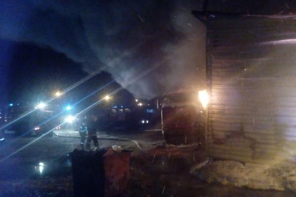 Огонь тушил 22-й пожарный отряд Уфы