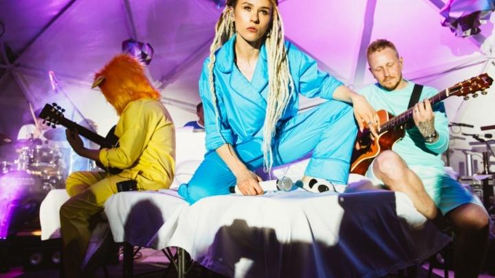 «Это не шутки»: архангельскую молодежь заманивают на выборы бесплатными билетами на концерт IOWA