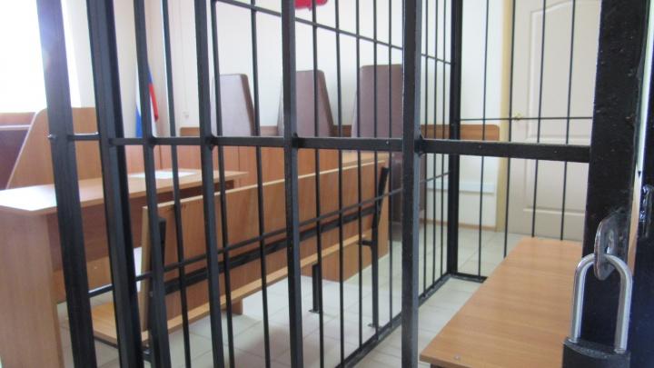 Жителю Каргапольского района за убийство пенсионерки грозит пожизненное наказание