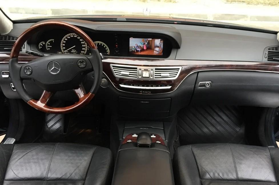 СалонMercedes-Benz S-класса