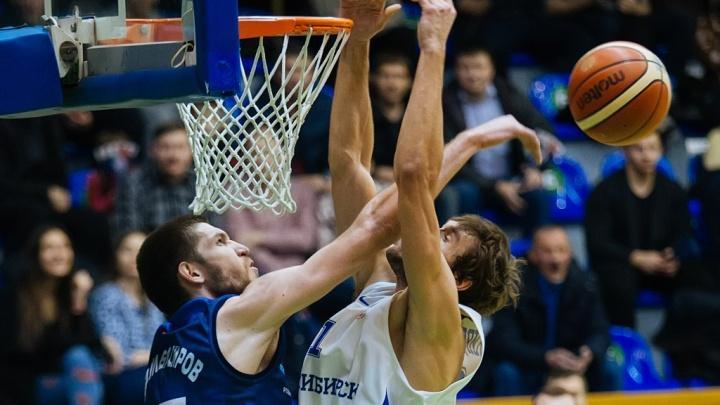Баскетбол: БК «Новосибирск» одержал убедительную победу над соперниками из Ижевска
