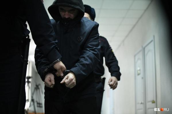 Марата Ахметвалиева сегодня арестовали по решению суда в Екатеринбурге