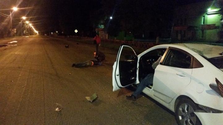 Без шлема пролетел несколько метров: в Ярославском районе мотоциклист попал в серьёзное ДТП