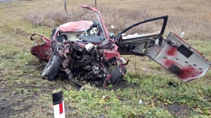 Трое вахтовиков из Башкирии погибли в аварии в Свердловской области, очевидцы сняли видео