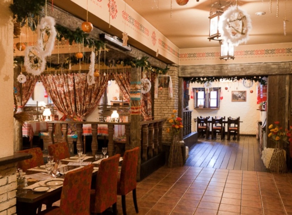 Ресторан находится по адресу Декабристов, 9