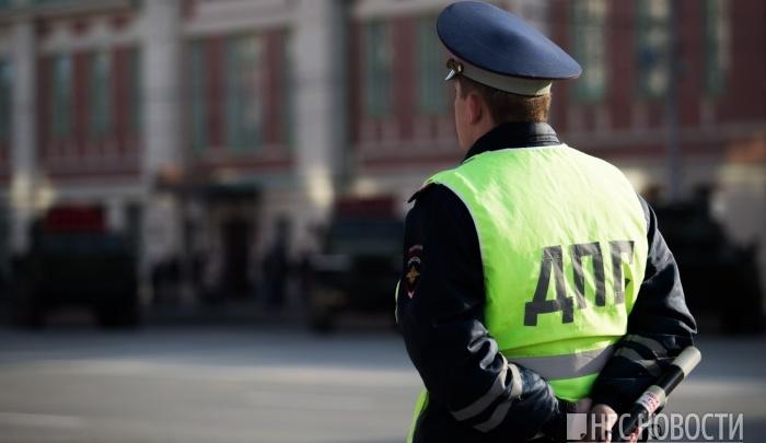 Пьяная женщина-водитель сунула инспекторам ДПС взятку и рискует сесть на год
