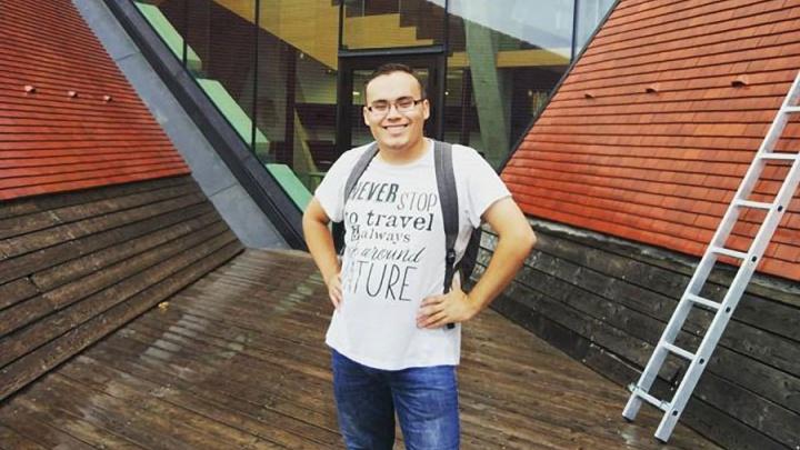 «Тут как дома, только чисто и рекламы меньше»: челябинец уехал в Эстонию, чтобы стать преподавателем