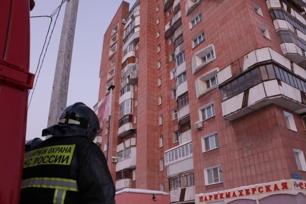 Обрушение перекрытий в доме на Революции произошло днем 27 января