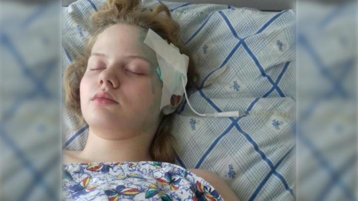 В Тюмени врачи лечили каплями и витаминами школьницу, которой требовалась срочная операция на мозге
