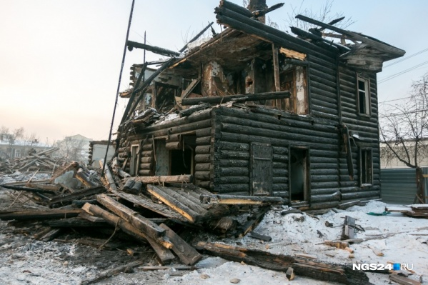 Усадьба Ермолаева была практически разрушена ещё в феврале