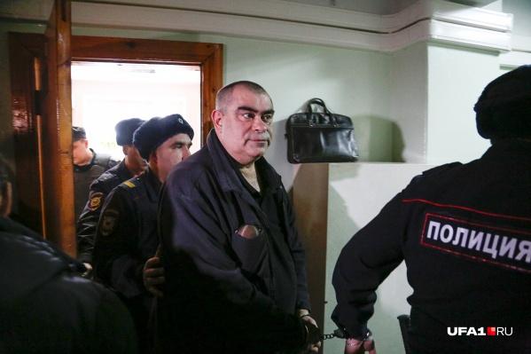 Салават Галиев когда-то был начальником ОМВД по Кармаскалинскому району