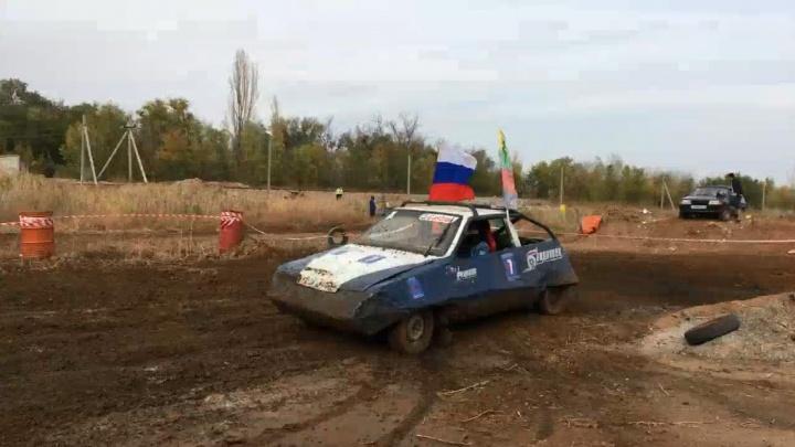 """«Сожжем """"восьмерку"""" и устроим бойню»: волгоградские байкеры закрывают мотосезон"""