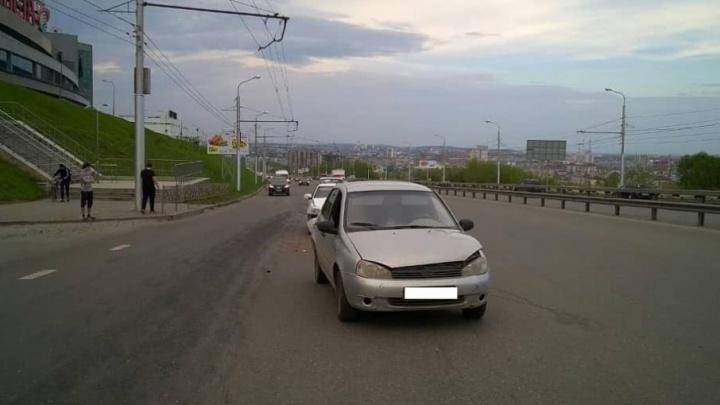 В Уфе водитель на «Приоре» устроил ДТП: пострадал пешеход