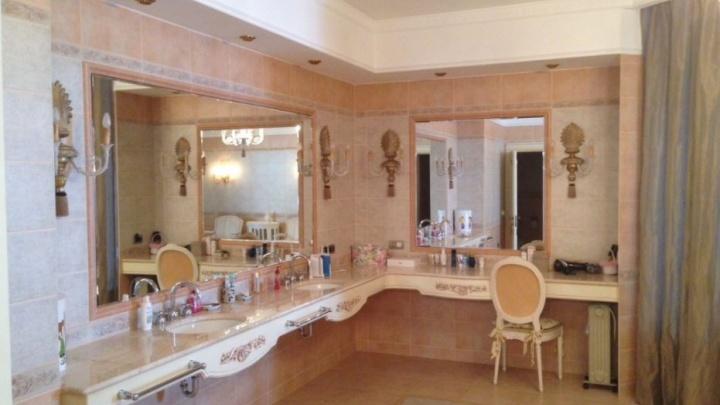 Со спа-зоной и огромной террасой: в Екатеринбурге на продажу выставили квартиру за 102 миллиона