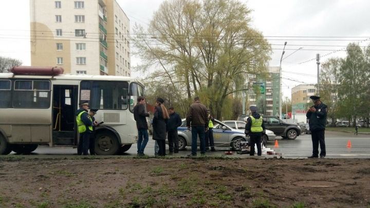 В Уфе пассажирский автобус насмерть сбил женщину