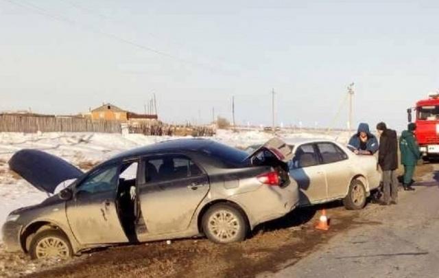 На автодороге в Зауралье столкнулись две «Тойоты»: пострадала 8-месячная девочка