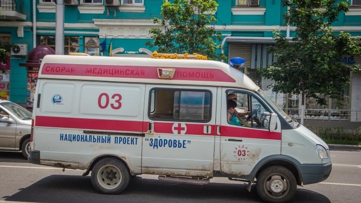 В центре Ростова ссора из-за девушек переросла в поножовщину