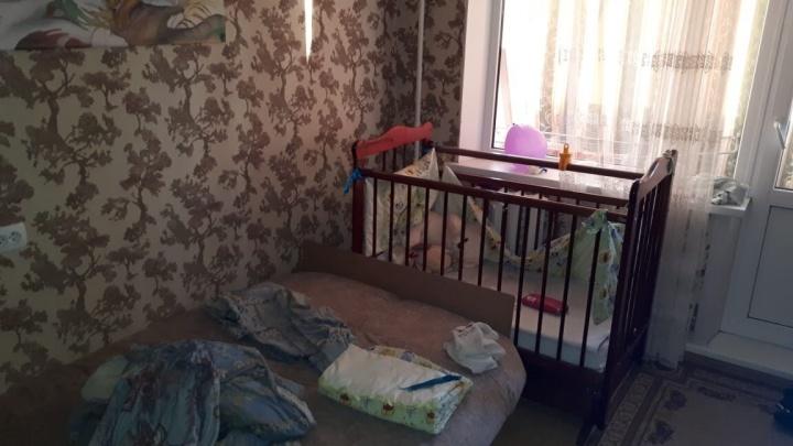 Детская кроватка в крови: в Тольятти пьяный отец избил свою годовалую дочь