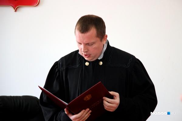 Судья отправил омича в колонию строгого режима