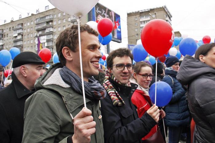 Антони (слева) и Николас решили не просто смотреть со стороны, а влились в ряды демонстрантов