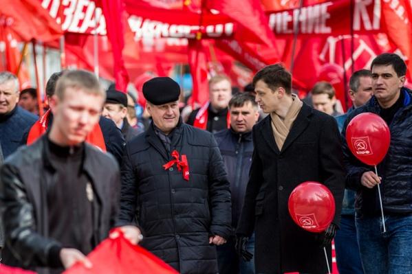 По словам второго секретаря Новосибирского обкома КПРФ, подписи в анкетах юридической силы не имеют