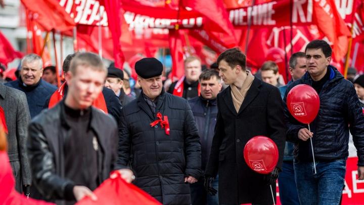 «Будем обращаться к ним за помощью»: зачем у новосибирцев собирают подписи за Локтя