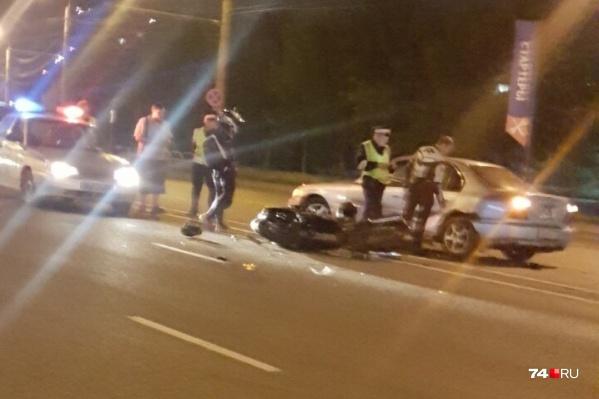 Авария произошла около полуночи