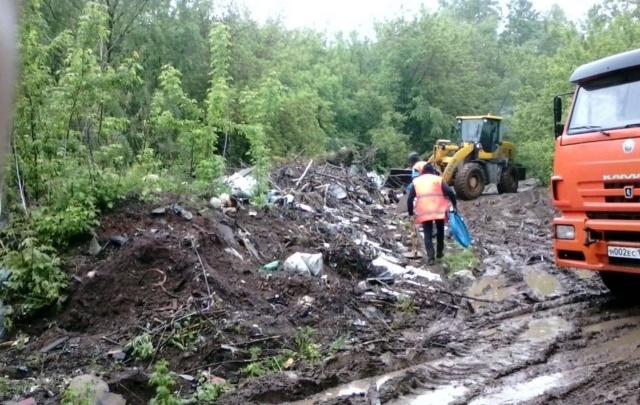 Уфимские коммунальщики ликвидировали стихийные свалки возле новостроек