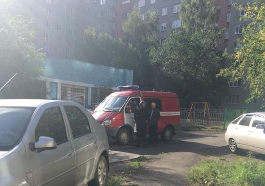 В Следственном комитете связали подрыв машины в Магнитогорске с работой её хозяина на рынке