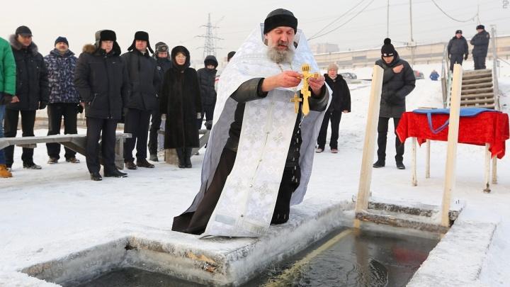 Четвертую купель для верующих разрешили во льду на Каче под Красноярском