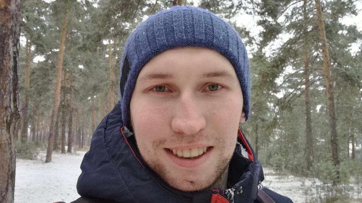 Александр Смольников считает, что помещение в интернат для умственно отсталых детей испортило ему жизнь