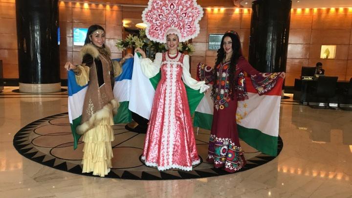 Красноярская претендентка на титул «Самое красивое лицо мира» представила эффектный костюм