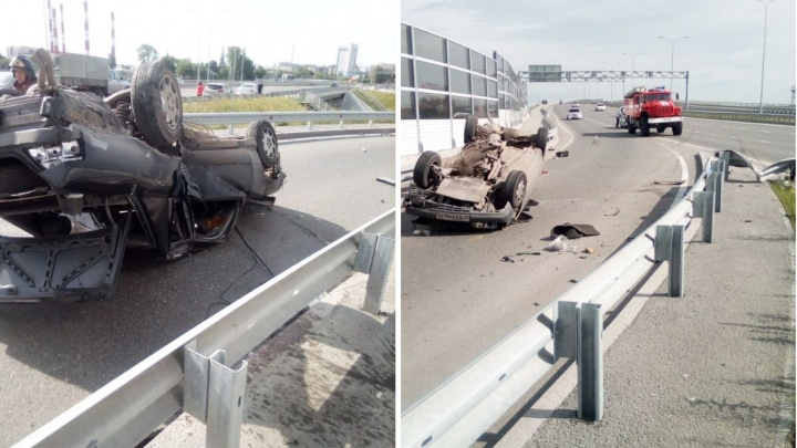 В Тюмени водителя, который подрезал девушку на Mercedes, лишили прав
