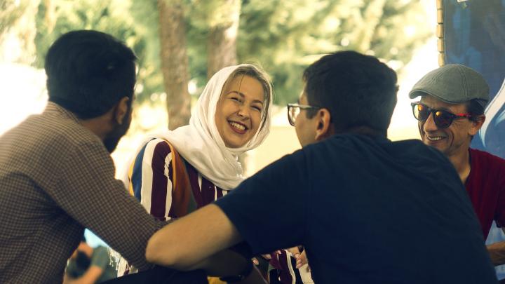 «Шутили про теракты и взрывчатку»: как архангелогородка месяц ходила в хиджабе и что ей говорили