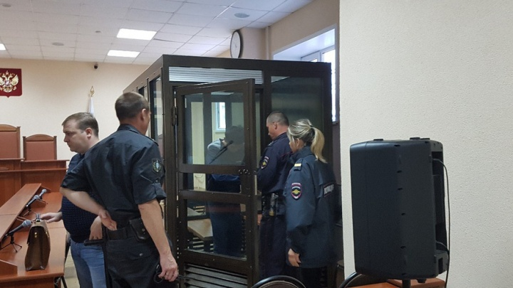 Обвиняемый в тройном убийстве Сохибжон Мамасолиев отказался от допроса