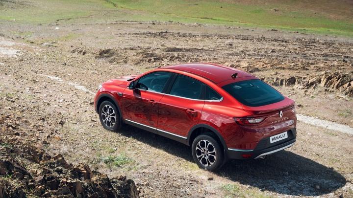 Тяга к приключениям с опорой на практичность и надежность: Renault представил новый купе-кроссовер