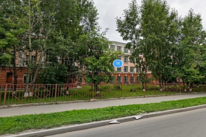 Учеников 57-й школы распределили по соседним школам