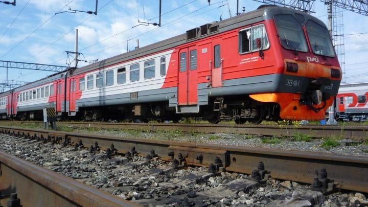 На станции Пермь-Сортировочная электричка сбила 15-летнего школьника
