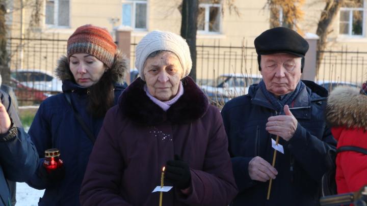 «Всё, что построено — всё на костях»: как в Архангельске прошла «Молитва памяти» по репрессированным