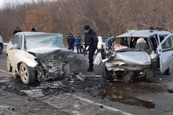 ГИБДД опубликовала видео с места аварии на Южном Урале, в которой погибли четыре человека