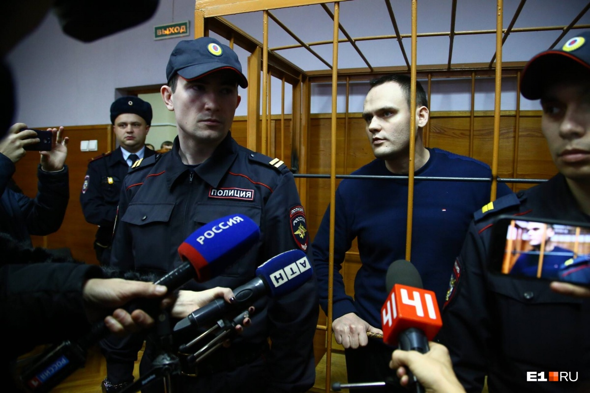 Алексей в зале суда