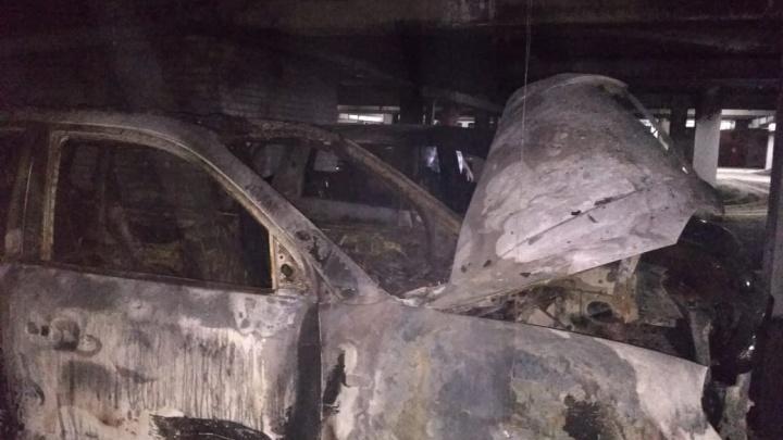 Владелица сгоревшей на подземной парковке машины в Новосибирске рассказала подробности пожара