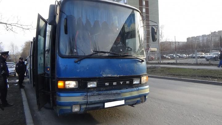В Екатеринбурге резко выросло количество аварий с ранеными на междугородних рейсах