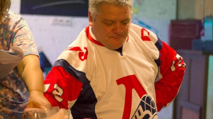 В Ярославле болельщик «Локомотива» умер в день 30-летия свадьбы