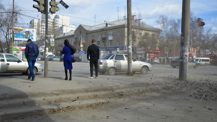 Синоптики предупредили жителей Свердловской области о сильном ветре
