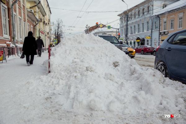 Синоптики говорят, что к весне снега навалит ещё больше